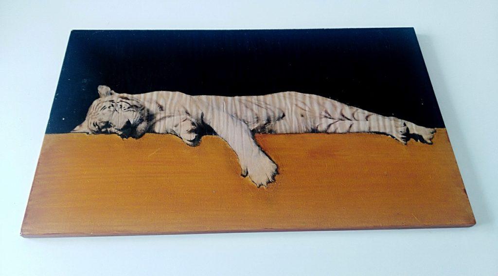 Illusion d'optique réalisé par image lion blanc
